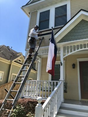 Before & After Exterior Painting in Houston, TX (3)