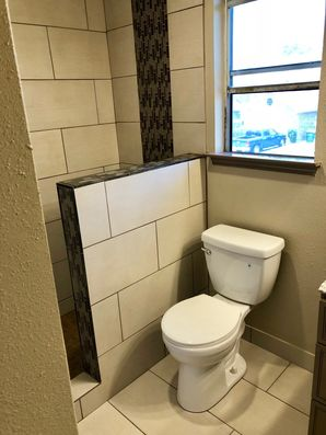 Before & After Bathroom Remodel in Houston, TX (6)